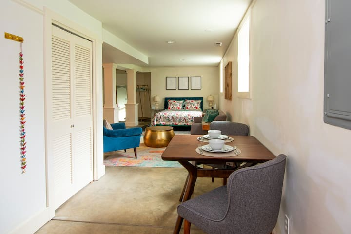 Luxury Suite close to everything Portland offers!
