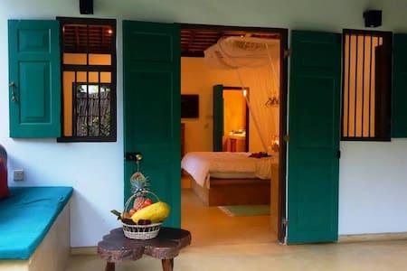 2 Bedroom Begonia Beach Villa - Kalpitiya