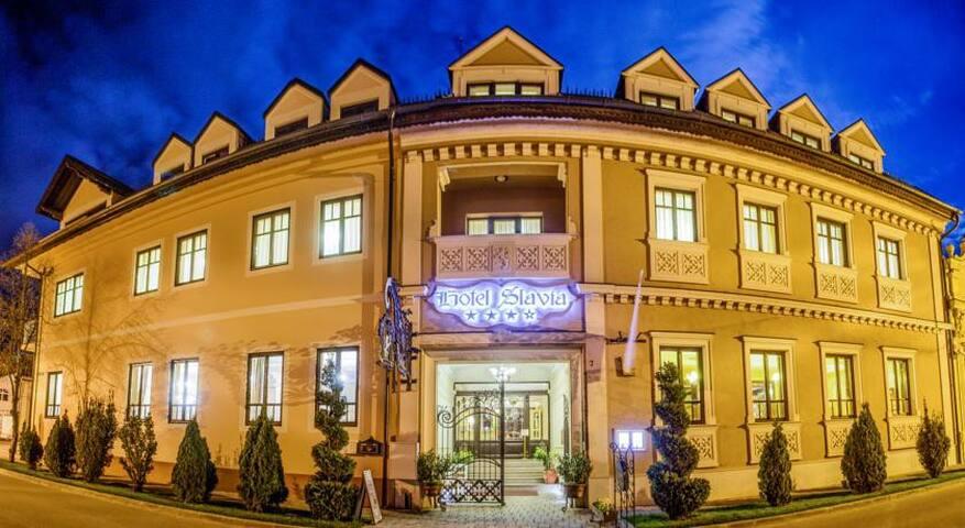 Slavia Hotel Salonta