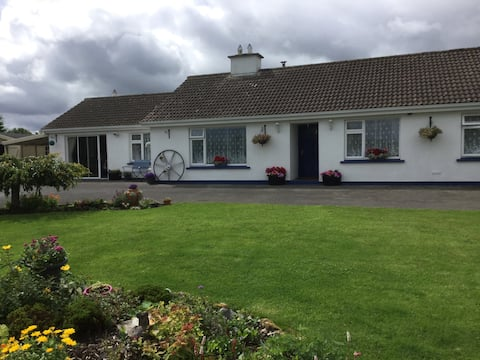 Country Lane Bungalow