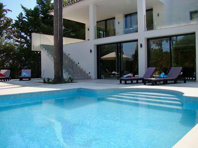 Exklusive Villa in begehrter Wohnlage