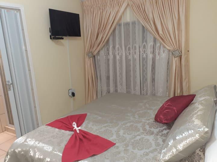 Ekaya Palace Room#1