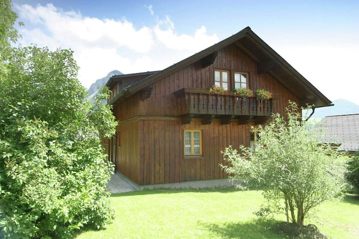 Large semi-detached chalet in Tauplitz