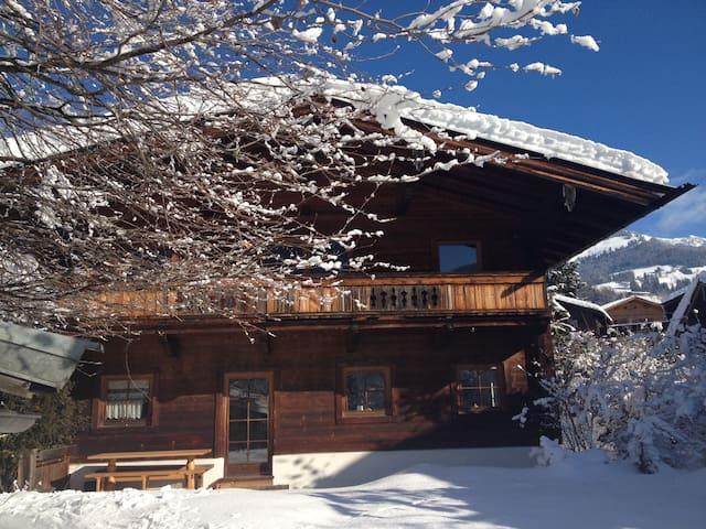 Gemütliche Tiroler Wohnung in Kitzbühel - Kitzbühel