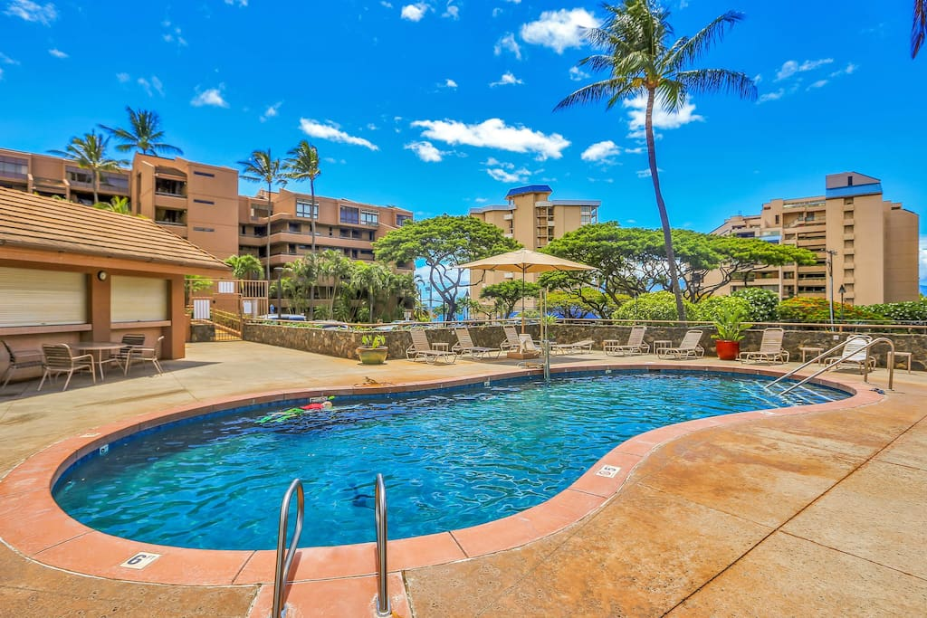 There's a refreshing community pool, with views of the ocean that awaits just across the street.