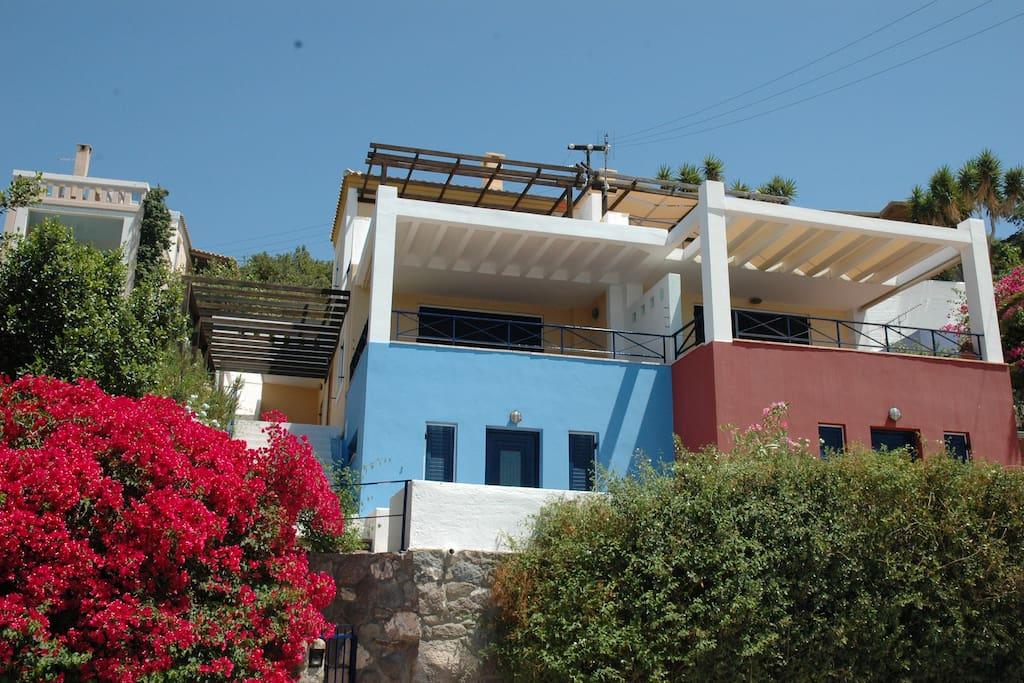 External photo of the villa.
