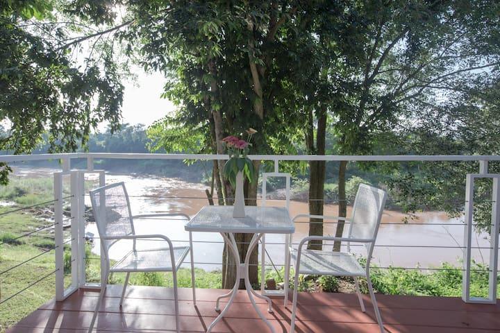 Nan de Panna Studio (48 sq. M) Direct River VIEW - Tambon Mueang Chang