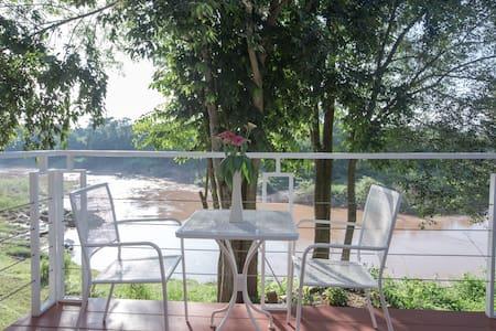 Nan de Panna Studio (48 sq. M) Direct River VIEW - Tambon Mueang Chang - House