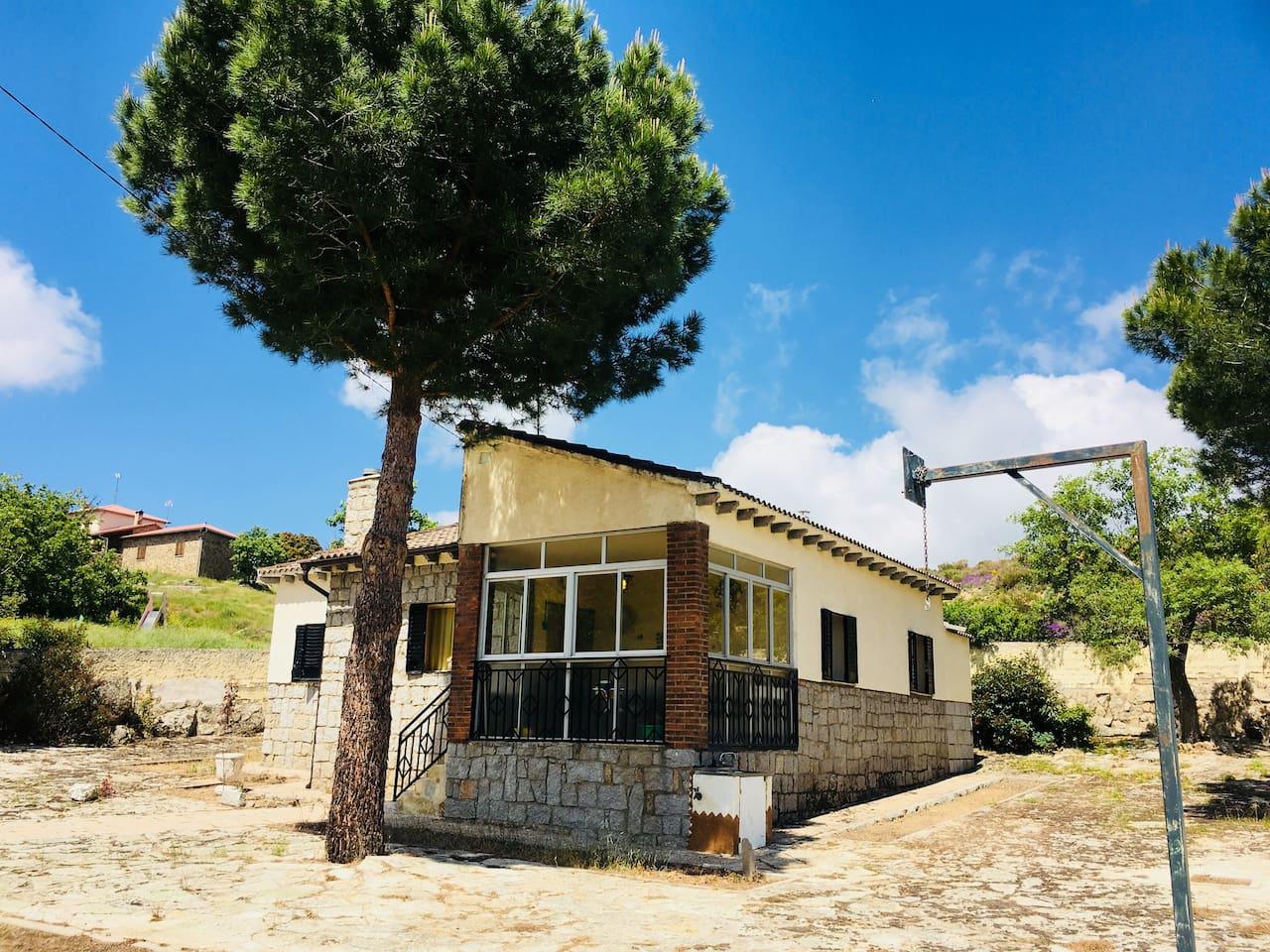 "Finca ""Los Robles"" a 30km de Ávila"