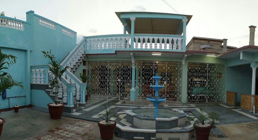 """Villa """"Los García"""". Habitación 1.Con desayuno"""