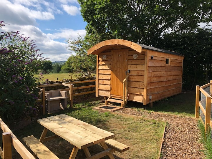 (Orchard Hideaways) Deluxe Room with Enclosure- 14