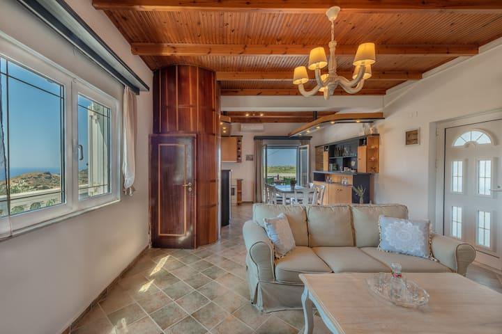 CarmineOlive Villa - Distinctive Design & Location