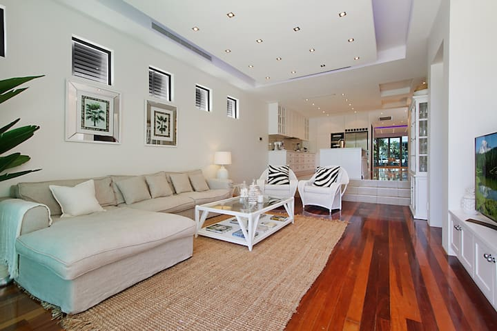 Stunning Family Home 150 Metres to Beach
