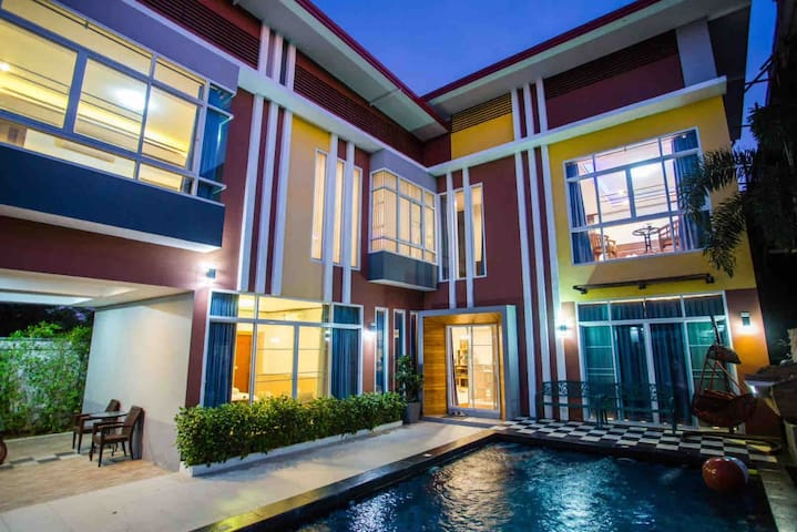 清迈泳池市区别墅,含接机,可以供一日游定制,bbq晚餐,早餐,spa,送车上门服务,
