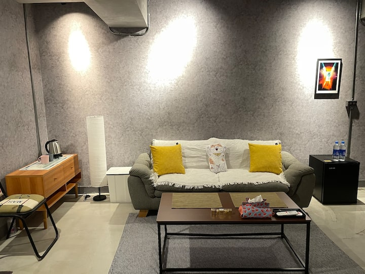 [Grey Door] Loft space in ximen
