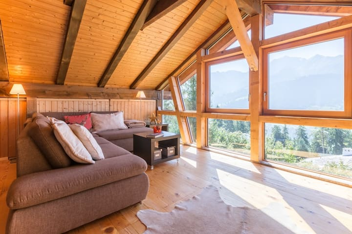 Fantastic 4.5 bedroom apartment in the middle of the Ski Resort Flims Laax Falera - Laax