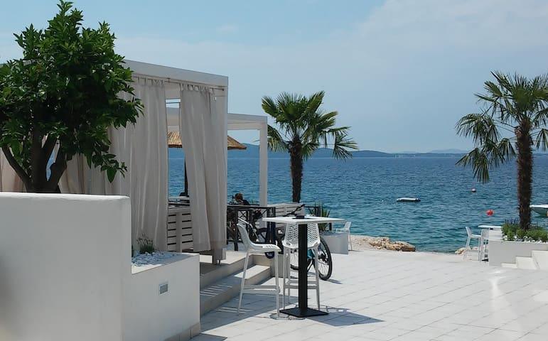 Apartment near Zadar close to beach - Kožino - Flat