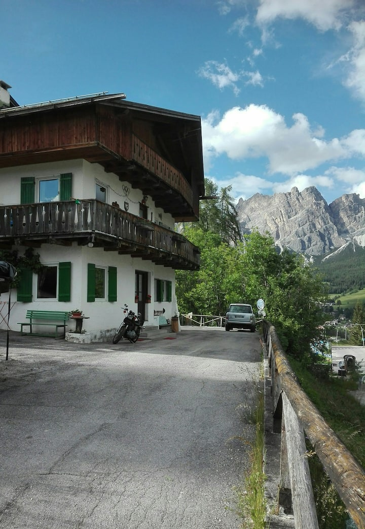 Cortina Cristallo apartment