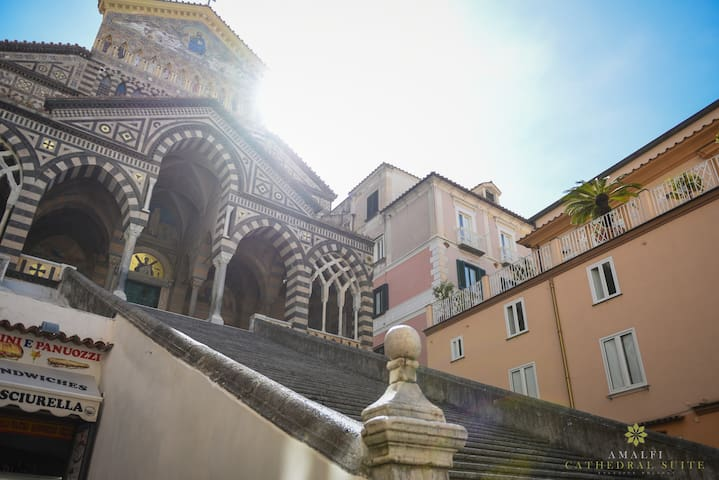 Amalfi Cathedral Suite