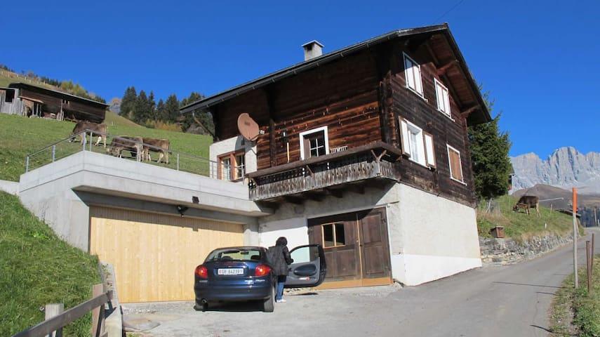 Chalet in den Bergen mit 6 Betten - Schiers - Haus