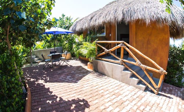 Jungle Bungalow en Playa Palmarito ~El Origen~