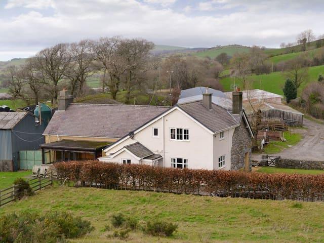 Pennant Farm (W4470)