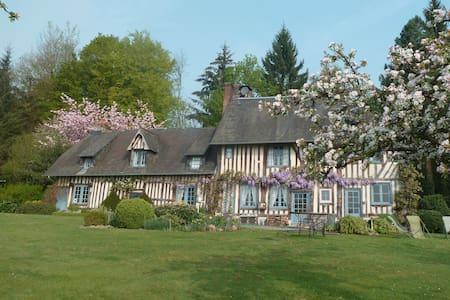 Manifique Manoir, près de Deauville et Honfleur - Pont-l'Évêque - Huis