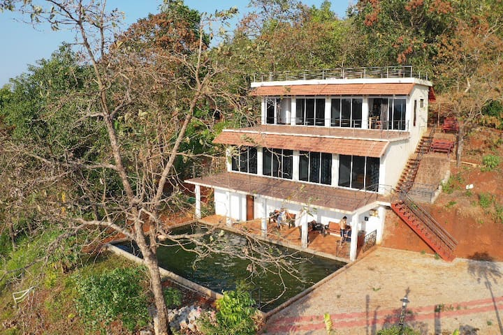 """Kodikad"" A hilltop forest accommodation"