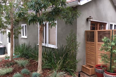 Fabulous detached guesthouse in Sunset Park - Santa Monica - Guesthouse