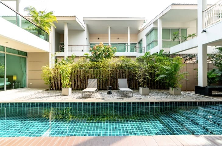 Our home 丨private pool丨pick up  free+breakfast