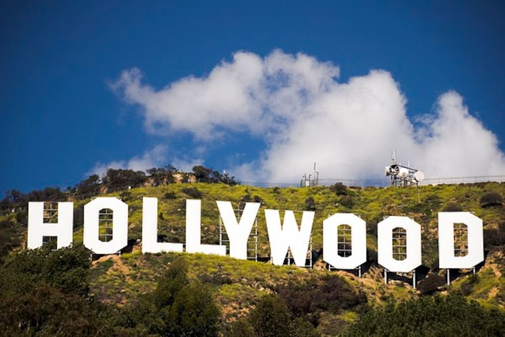 Heart of Hollywood - Hike to the Hollywood Sign from your front door!