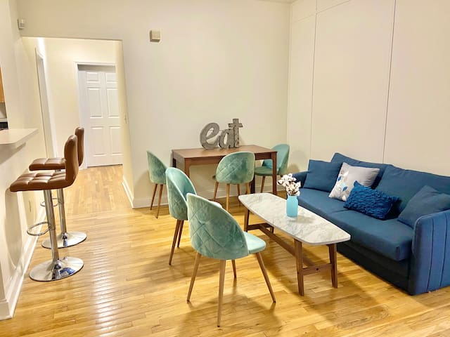 3 Bedroom/2 Bathroom Apartment