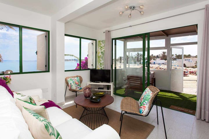 Apartament Ocean con vistas al mar.