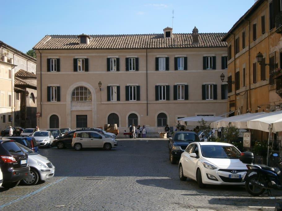 Trastevere in level appartamenti in affitto a roma for Affitto uffici roma trastevere