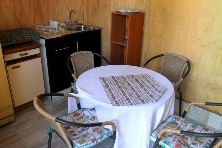 Cabaña dentro de Hostal en San Felipe