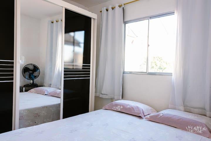 Quarto com banheiro e cozinha em Ponta Negra/NATAL