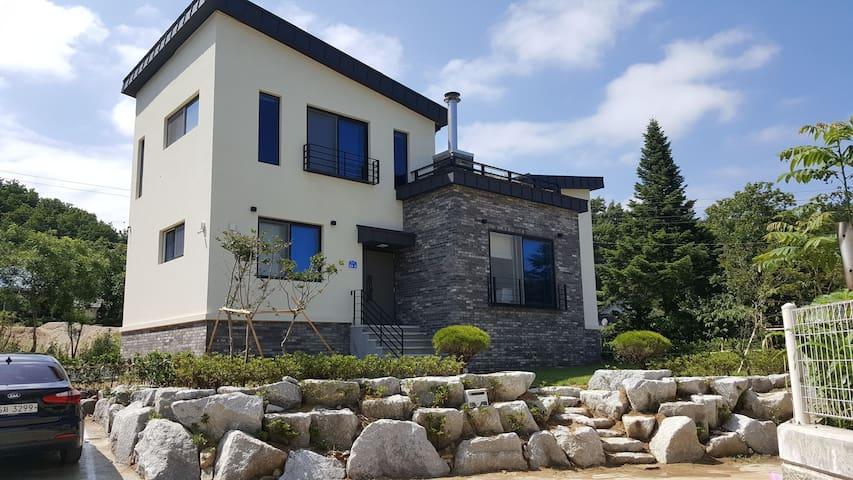 킴스 하우스(KIM'S HOUSE)