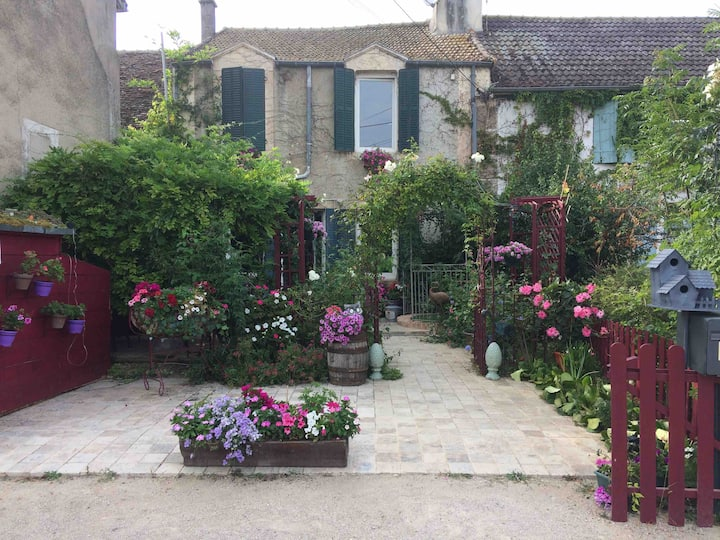 Les Étangs d'Arts: BnB Burgundy