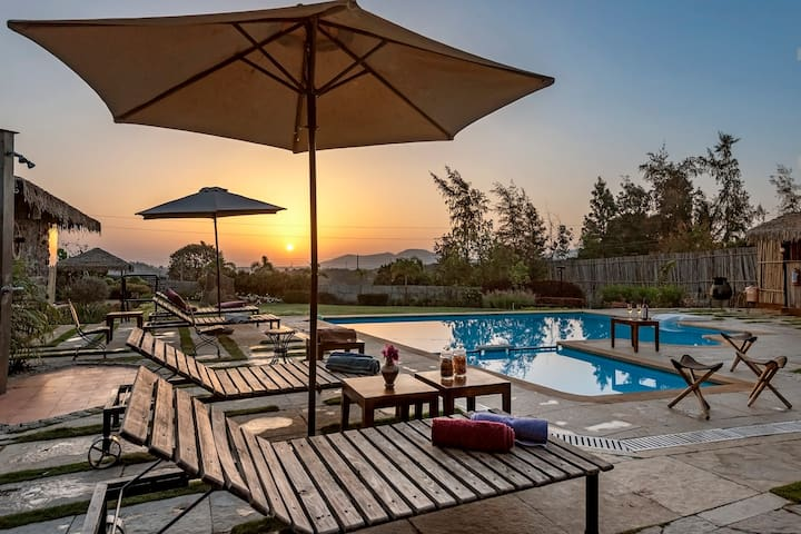 Parnakuti 5BDR Pool Villa With Gym, Jacuzzi & More