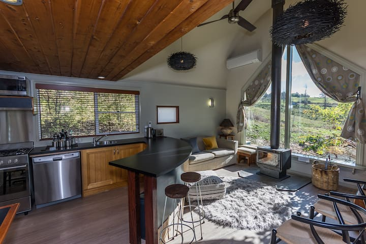 Glasshouse Spa Chalet 1-2 couples | Snow Mtn Views