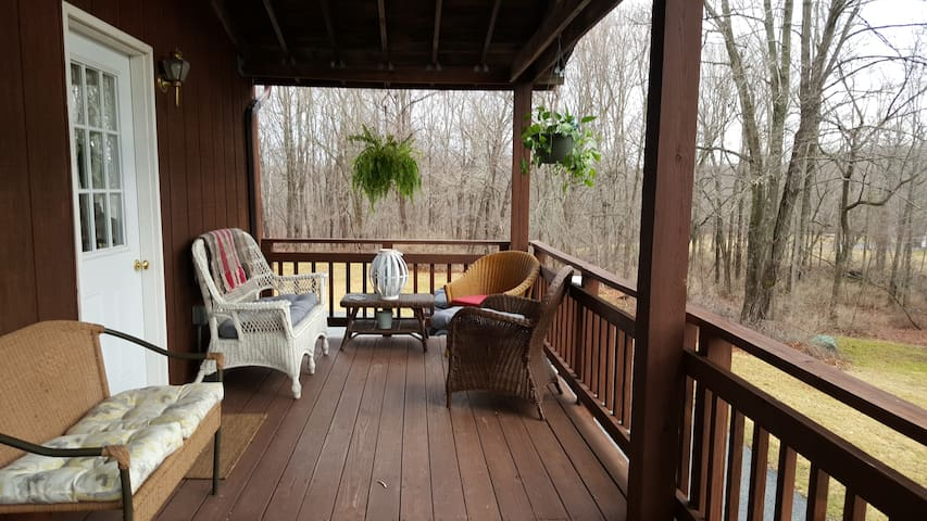 Country Private Rhinebeck Apartment - Staatsburg - Apartamento