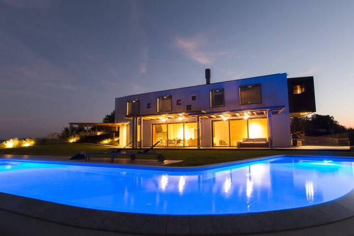 villa vista zamask - 35% off for July 18-25