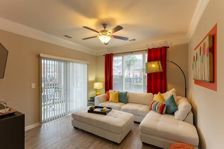A place of your own | 2BR in Virginia Beach