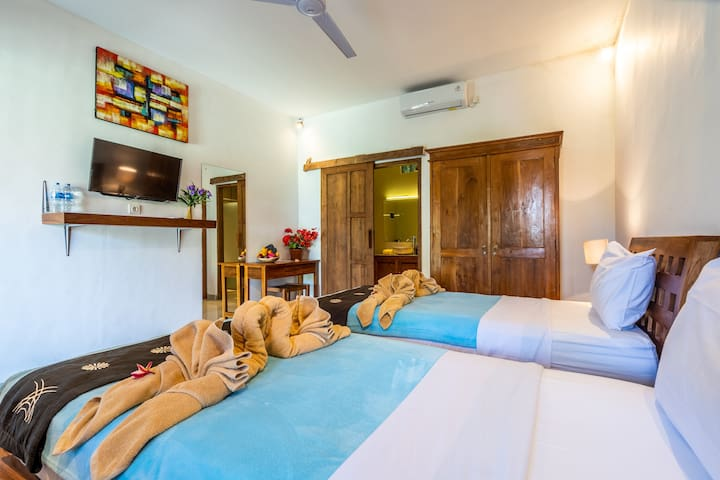 R7 Private Room With Twin Bed Near The Beach
