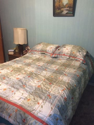 Big Mama's House: Rhonda's Room