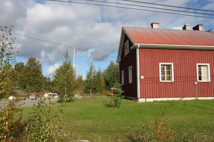 Talo ja sen piha
