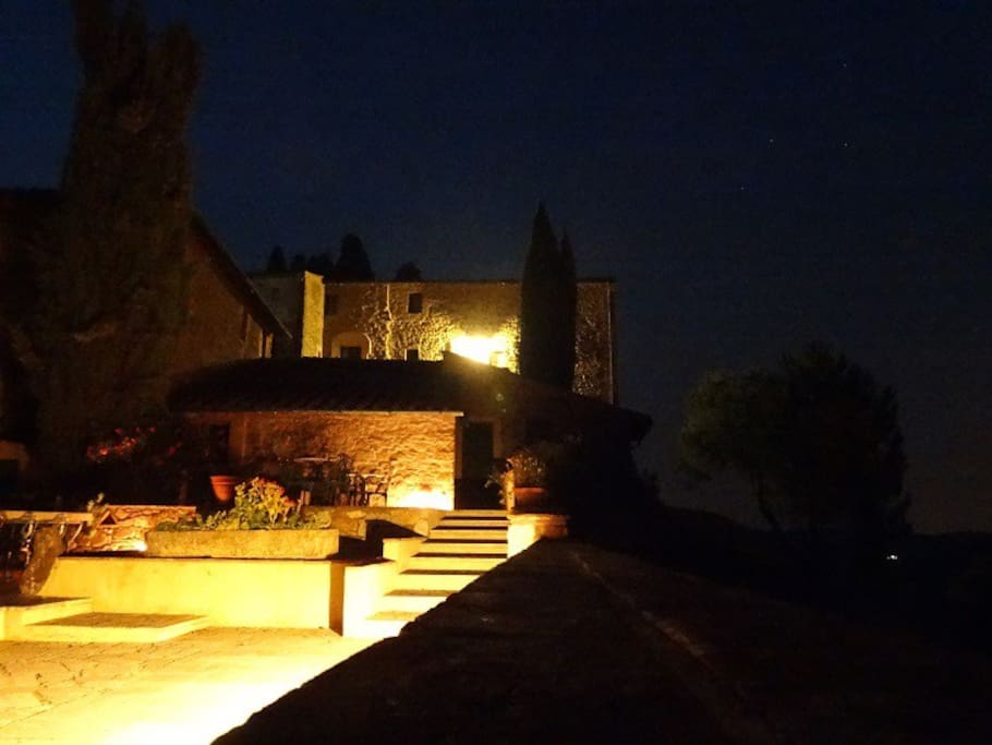 Quiete night in Farneta (picture by Olivier from France)
