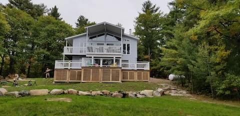 CLE's Lakefront Cottage in Renfrew/Calabogie