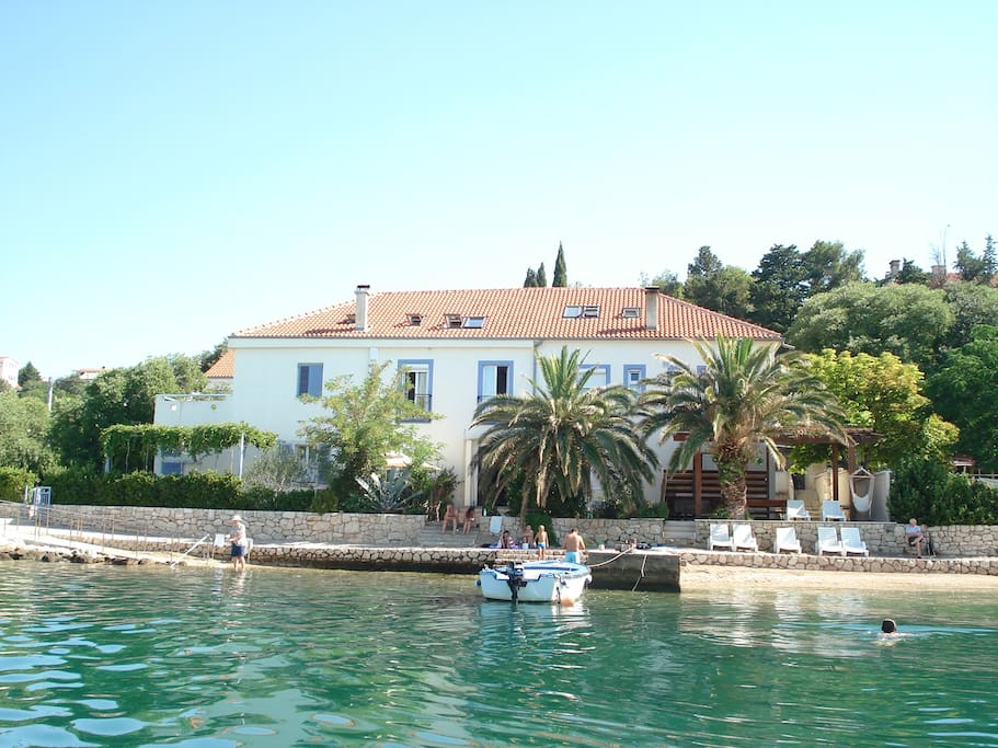 Directly on the beach,  within distance drive to Plitvice Lakes National Park and City of Zadar