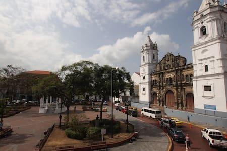 Best location in Casco! DIVINE - Casco antiguo
